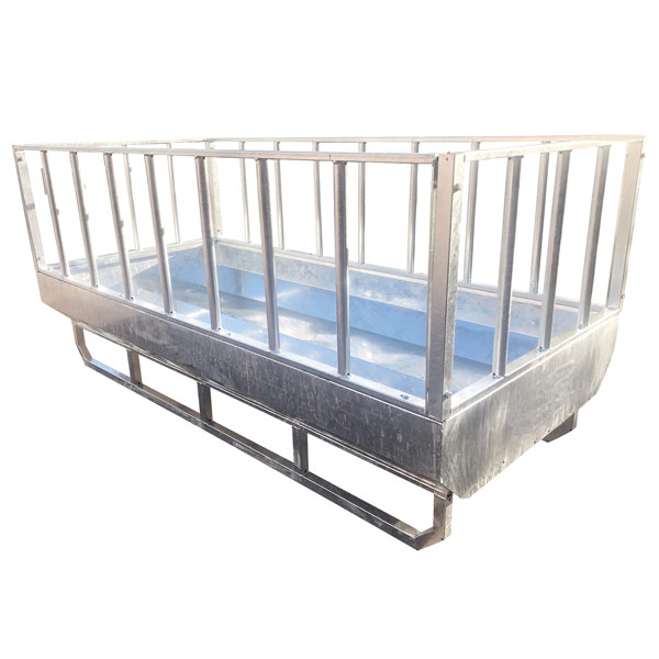 Titan Rectangular Feeder