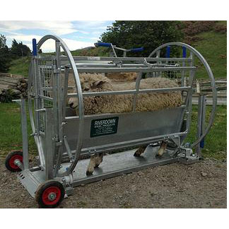 Kwik Sheep Turnover Crate